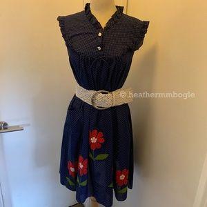 Vintage Polk-a-dot Floral dress, Belt included